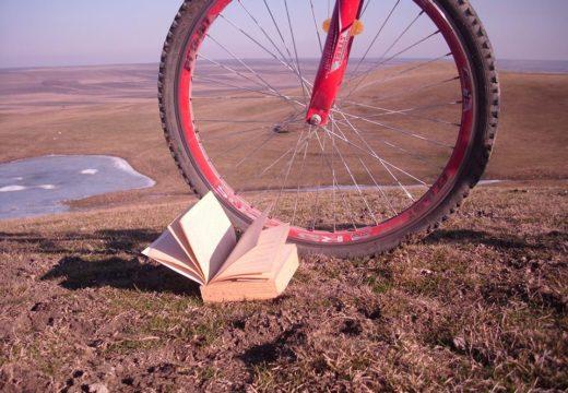 Cei de la Pegas caută biciclist pasionat de scris și poze