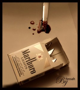 Sunt singurul om care nu a fumat niciodată ?