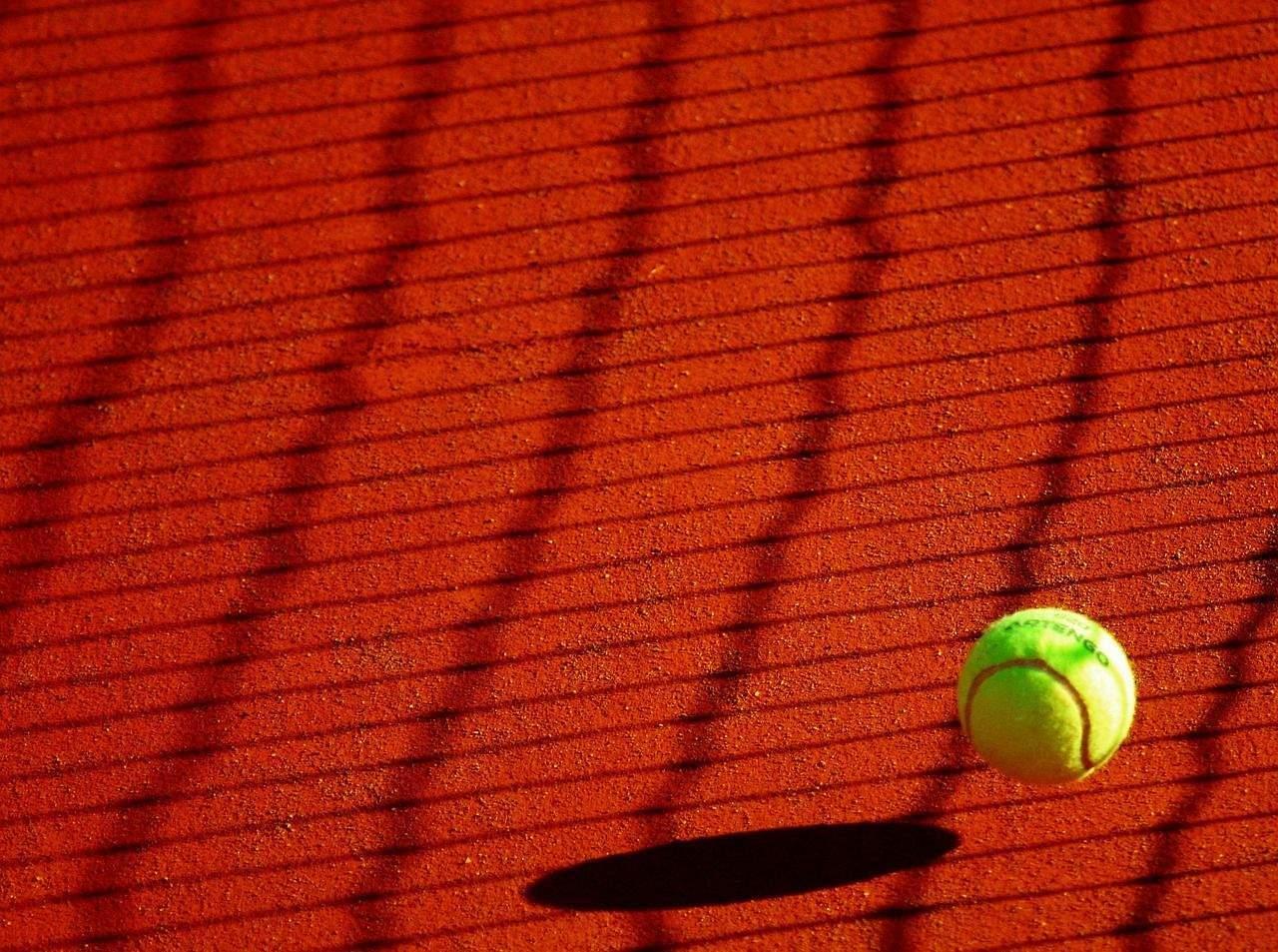 Nu mai bine ne uităm la tenis?