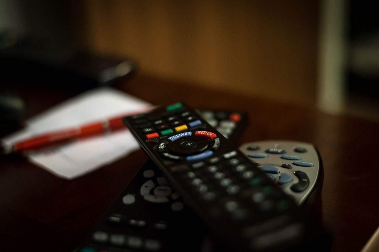 Cum să îți găsești mai ușor televizoare ieftine
