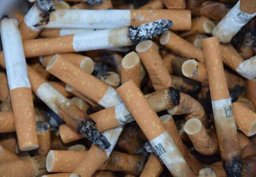 Prea sunt discriminați fumătorii