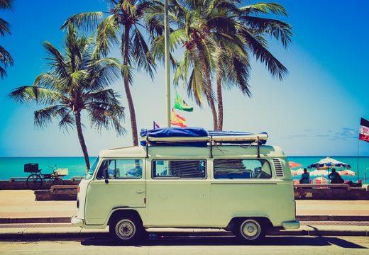 Călătorii în afară cu beneficii pentru fidelitate