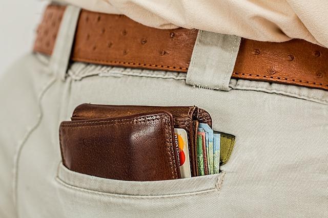 tipuri de portofele barbatesti